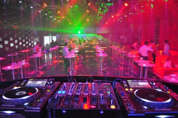 Hệ thống âm thanh quán bar chuyên nghiệp