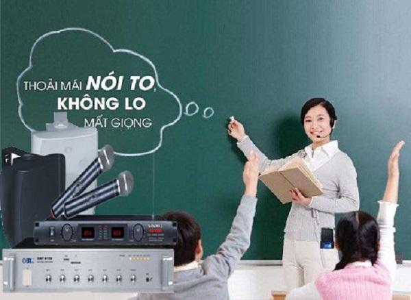 Micro phòng học cho giảng viên