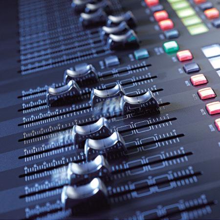 Linh kiện bàn Mixer Behringer X32 EU