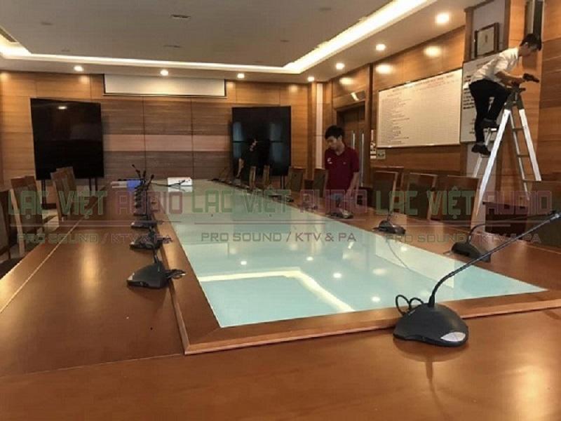 Lắp đặt âm thanh phòng họp Lạc Việt Audio