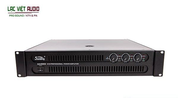 Cục đẩy công suất Soundking - một trong những dòng thiết bị được ưa chuộng và bán chạy nhất của hãng