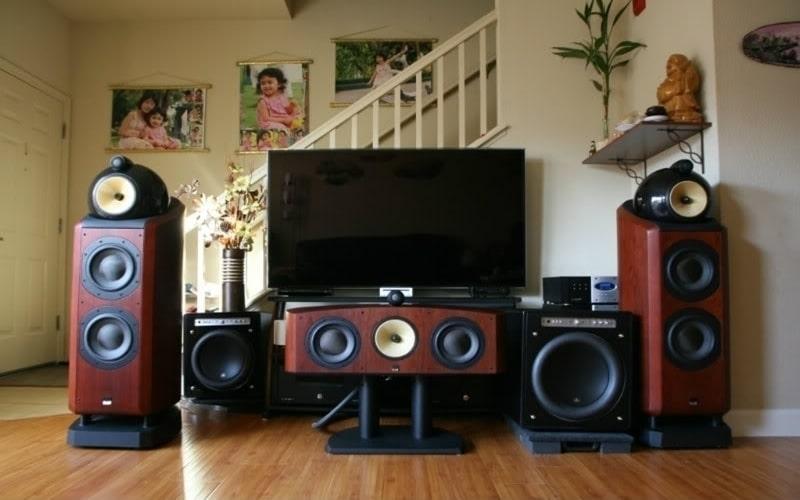 bố trí dàn âm thanh cho phòng khách