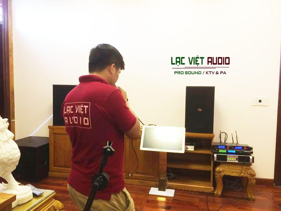KTV nghe thử hệ thống âm thanh
