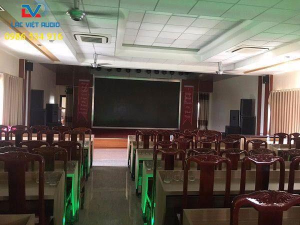 Dàn âm thanh sân khấu cho hội trường 150m2