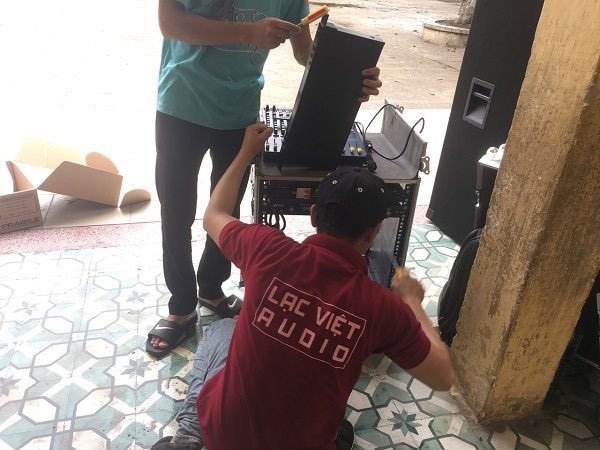 KTV Lạc Việt lắp đặt tủ máy