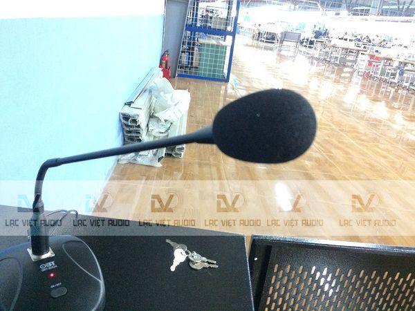 Sử dụng micro thông báo trong hệ thống âm thanh nhà xưởng dệt may
