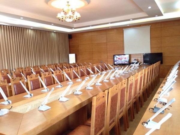 Phòng họp sử dụng các thiết bị nhập khẩu chính hãng