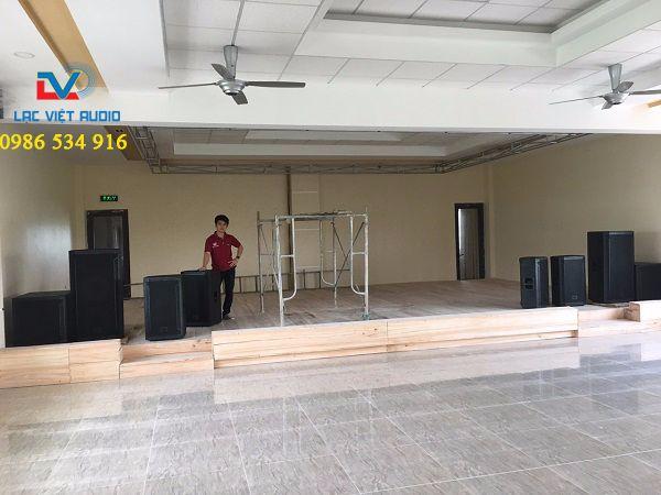 Hệ thống loa JBL 825, JBL 815 và JBL 818S được kỹ thuật Lạc Việt lắp đặt trong hội trường