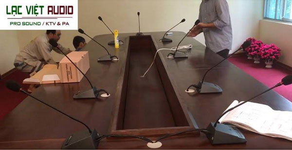 Lạc Việt Audio chuyên lắp hệ thống hội nghị hội thảo