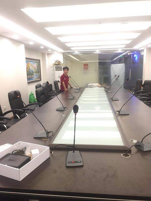 Lắp đặt hệ thống micro hội nghị DB LH-8000 cho phòng họp