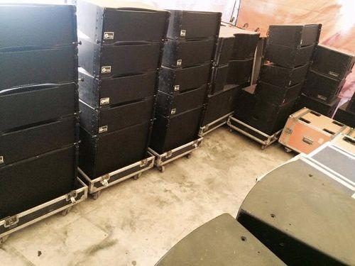 Loa array bãi hầu như bị thay thế nhiều linh kiện