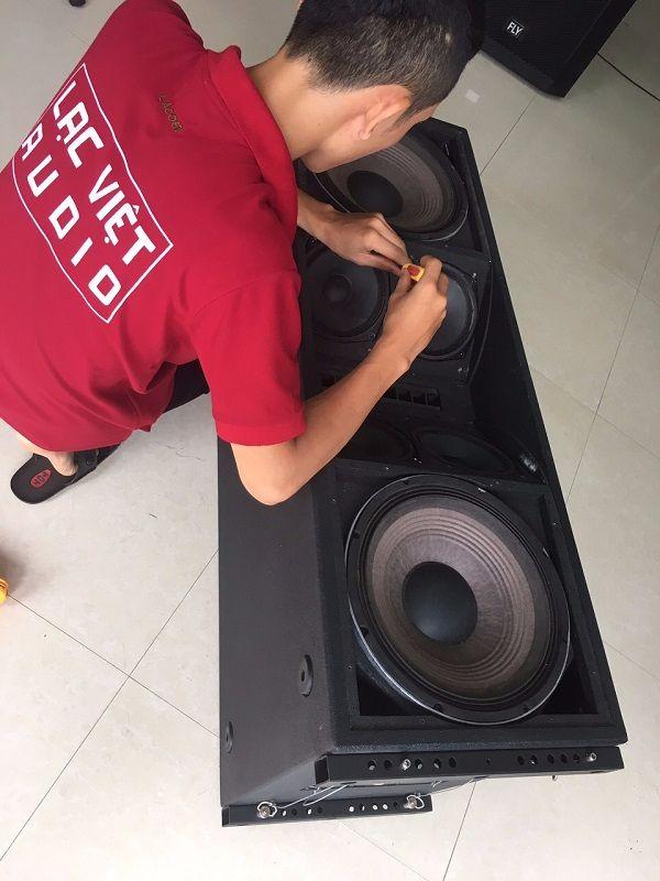 Kiếm tra chất lượng loa JBL VT4888 tại Lạc Việt Audio