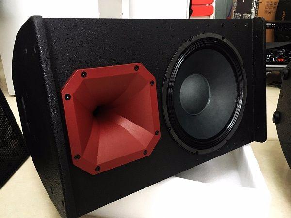 Loa FLY KR1201 thiết kế mang phong cách sang trọng và mạnh mẽ