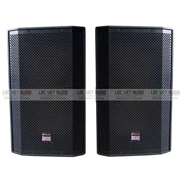 Loa karaoke full được dùng trong các phòng hát chuyên nghiệp và các không gian rộng