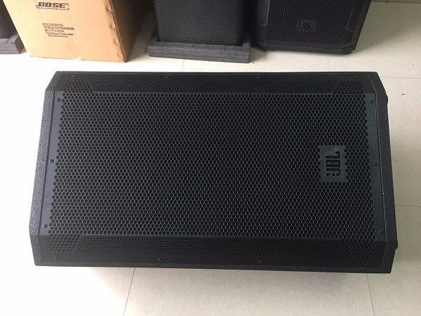 Có thể sử dụng loa JBL STX815 làm loa Monitor
