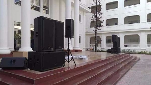 Dàn âm thanh sân khấu giá 140 triệu do Công ty CP ĐT&XNK Audio Lạc Việt lắp đặt