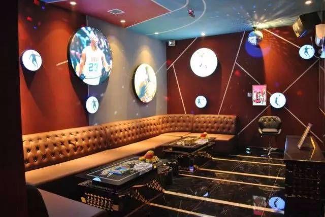 Loa JBL KES8100 được lắp đặt phòng hát karaoke