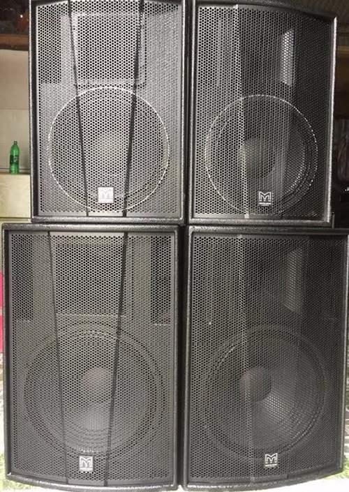 Loa Martin F15 (bên dưới) Bass 15 Inch tại Lạc Việt Audio