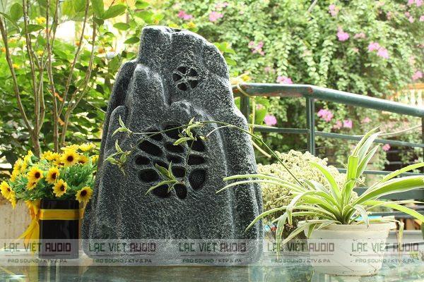 Loa sân vườn có thiết kế đẹp mắt được dùng phổ biến trong âm thanh sân vườn