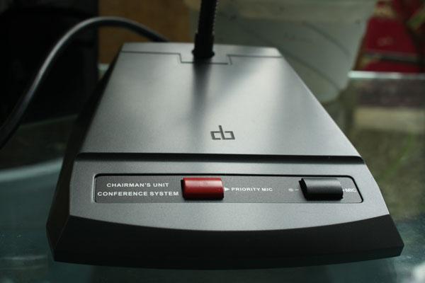 Micro chủ tịch DB LH-8000A có nút ưu tiên