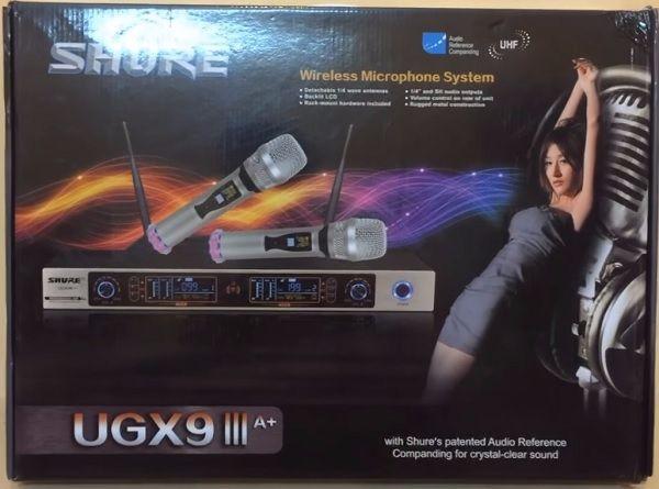 Micro Shure UGX9III sử dụng sóng UHF